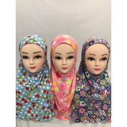 Hijab motif pour petite fille